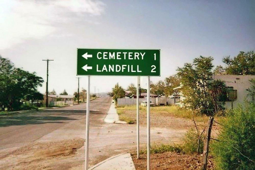 1413827255_CemeteryandLandfillsign.thumb.jpg.dc1063958d9c380060ba0969d6124beb.jpg