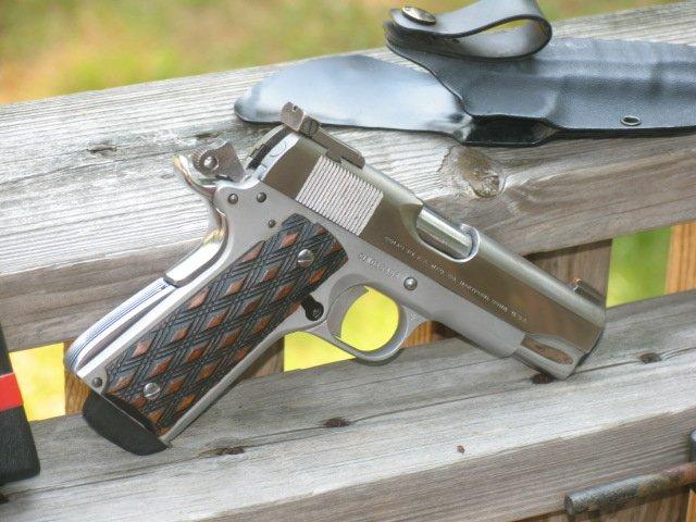Colt Commander 004.jpg
