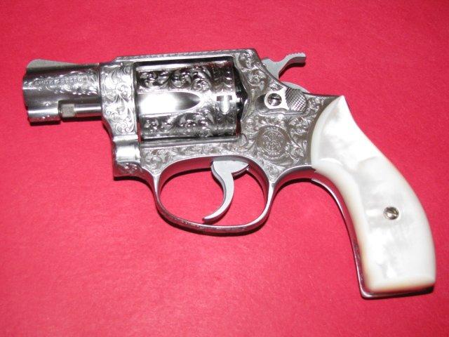 S&W M60 002.JPG