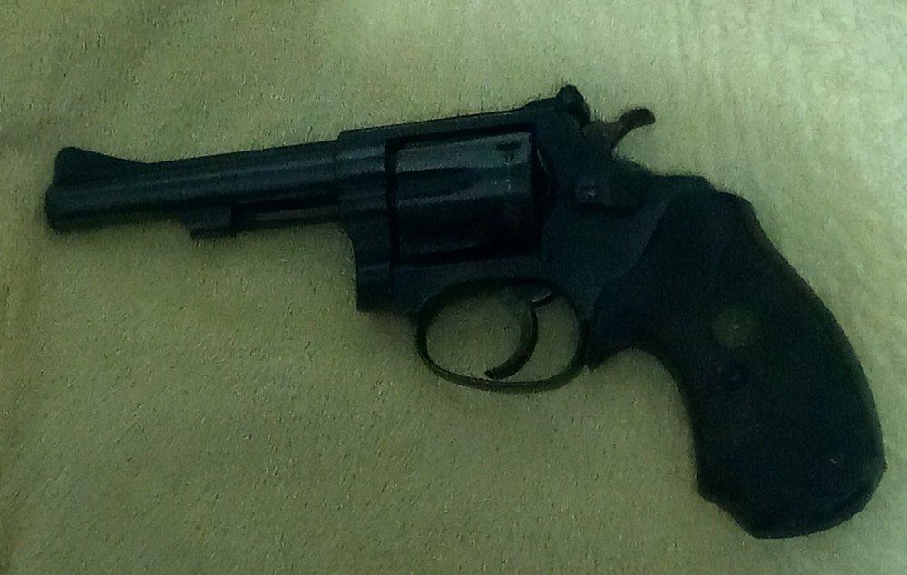 34-1, 22-32 Kit Gun.jpg