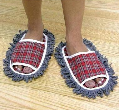 555269594_AwesomeInventionsMopSlippers.png.6d2c694e4442ebbf8c2b8f4424d05e09.png