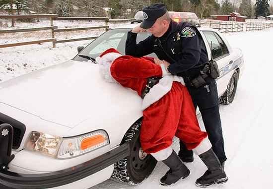 Santa Got Arrested image.jpeg.ea336230d6e4a4ef42c296f78befc514.jpeg