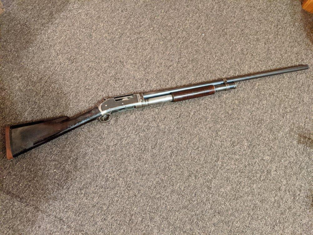 Winchester 1897 full 1.jpg