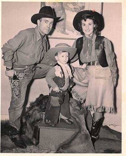 1946 at Rocky Mountain House.jpg