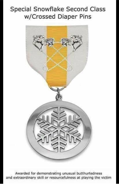 Medal Snowflake 09004.png