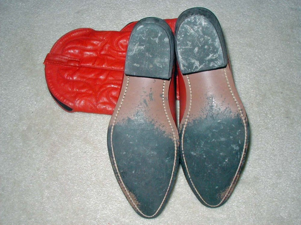 Red Boots-43.jpg