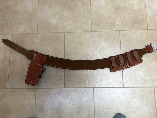 1911 gun leather IMG_1613.jpg