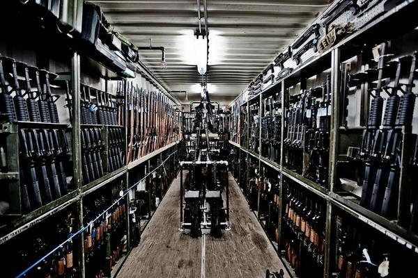 gunslotsofguns.jpg
