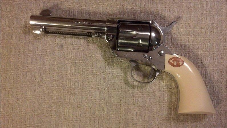 Charles Daly .45 Colt - SAA replica.jpg