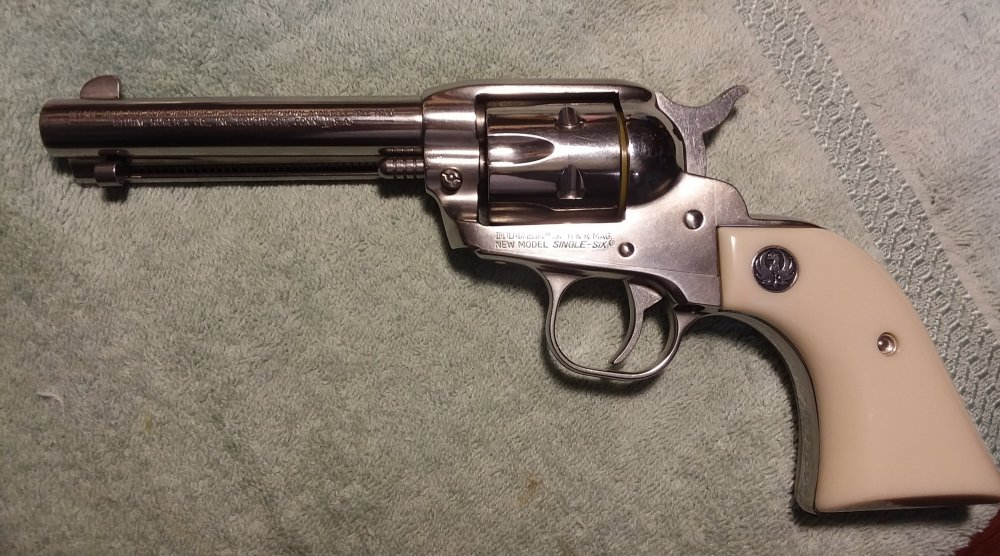 32 H&R Magnum Ruger Single Six Stainless 4 five eights.jpg