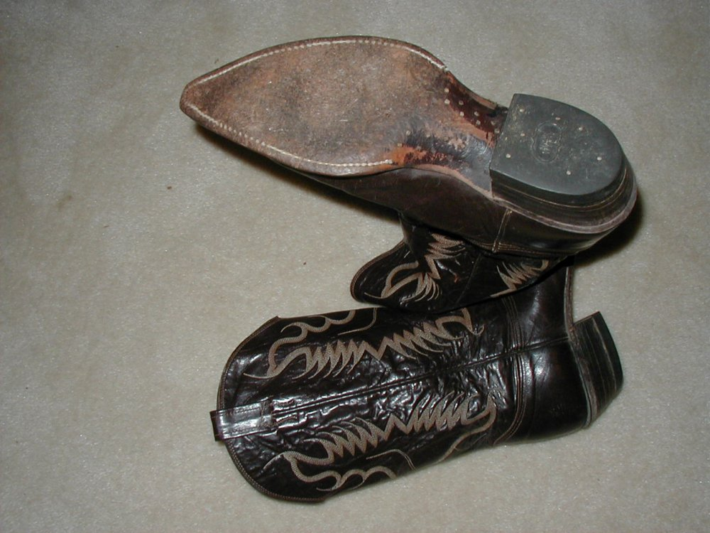 Brown Cowboy Boots-3.jpg