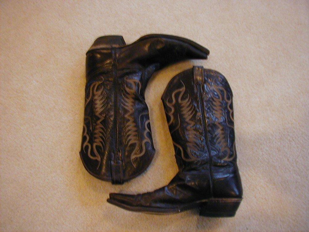 Brown Cowboy Boots-1.jpg