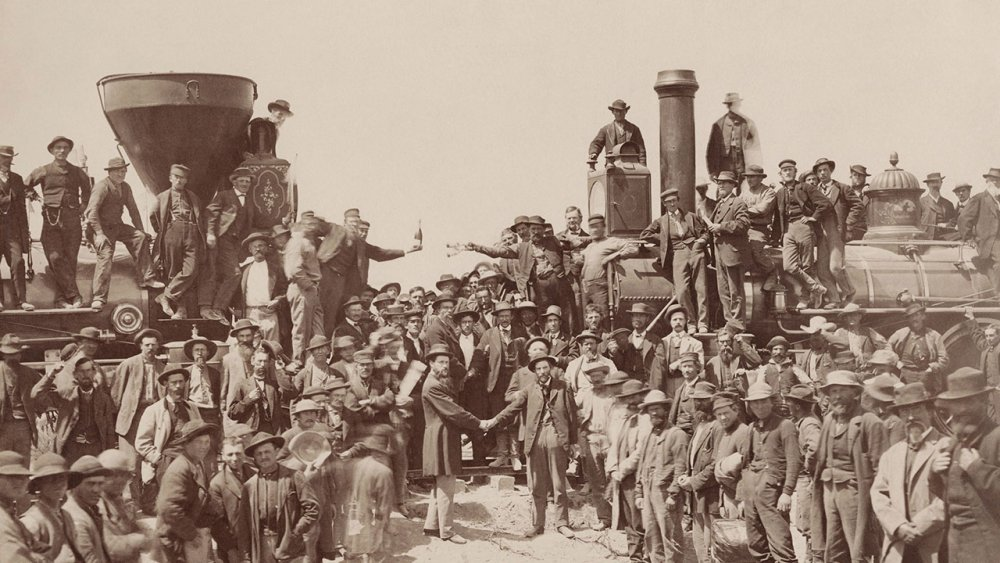 east-west-transcontinental-railroad.thumb.jpg.b4e9bd62fad4b7646abe4f80c387b999.jpg