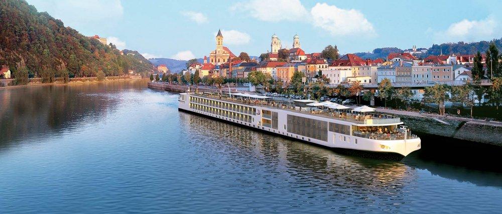 CC_FINO_Ship_Passau_2012_1680x716_tcm21-76528.jpg