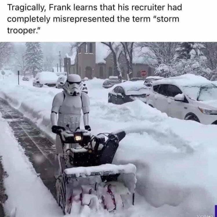 stormtroopersnow.jpg