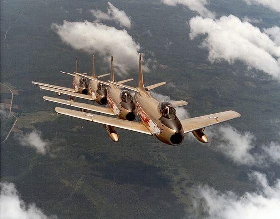 RCAF Golden Hawks 16b4.jpg