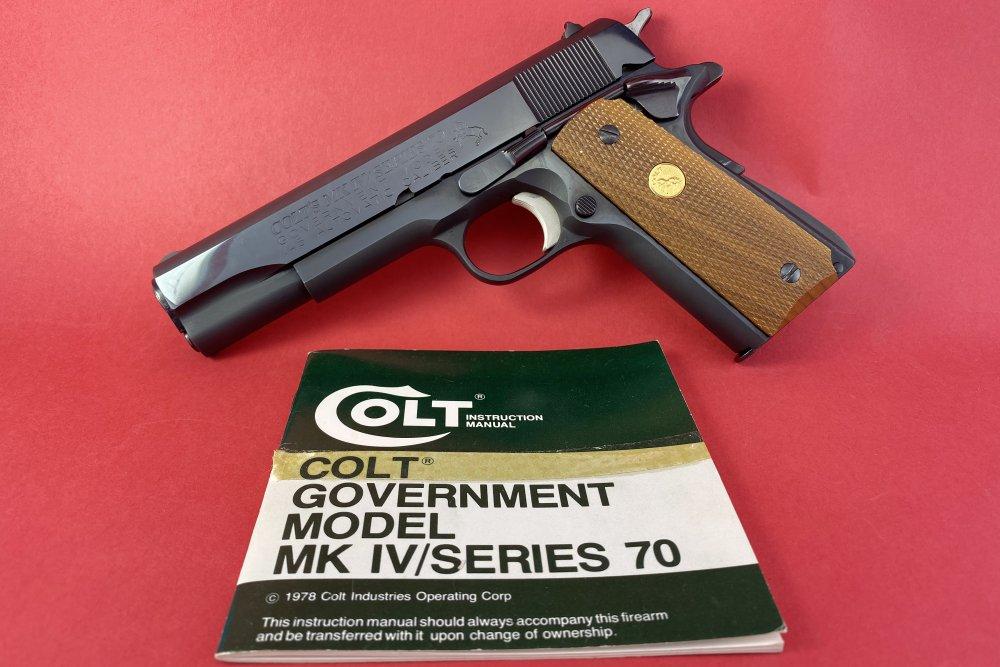 Colt1911-4.jpg