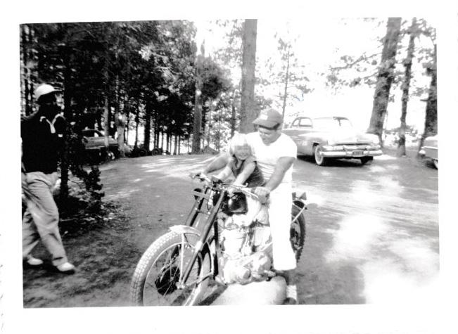 Chrissie 1951 Bass Lake CA.jpg