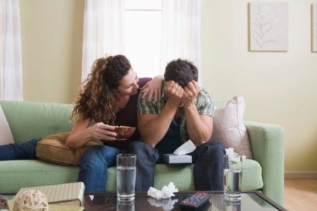 sex-love-life-blogs-smitten-1004-grown-man-crying_sm.jpg.c50e3d31055ac50c275df288acd8bf44.jpg